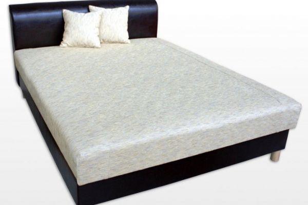 Rika erősített ágy